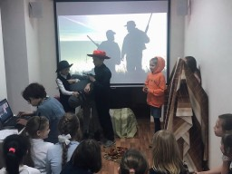 Театральные представления в «Лондонской квартире»